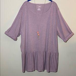 Light purple ruffle top & orange crystal necklace!